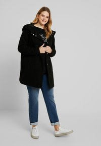 Anna Field Curvy - Short coat - black - 1