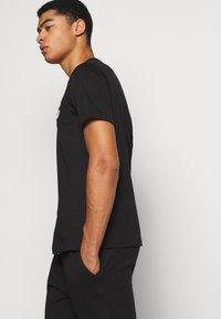 Iceberg - T-shirt imprimé - nero - 4