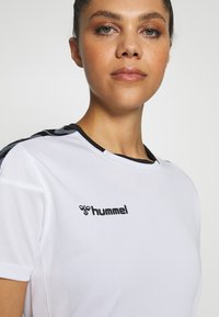Hummel - HMLAUTHENTIC  - Camiseta estampada - white - 4