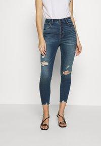 Abercrombie & Fitch - Jeans Skinny Fit - dark destroy - 0
