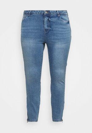 VMTILDE ZIP CURVE - Jeans Skinny - light blue denim