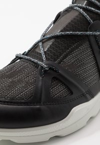 ECCO - BIOM STREET - Zapatillas de senderismo - black/dark shadow/wild dove - 2