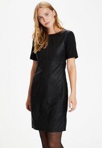 Culture - CULTURE CUALINA  - Shift dress - black - 0