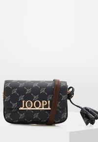 JOOP! - Across body bag - nachtblau-grau - 1