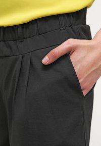 Kaffe - JILLIAN  - Shorts - black deep - 4