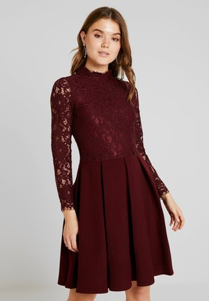 LONG SLEEVES - Cocktail dress / Party dress - dark red