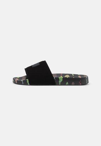 BOBS  SLIDE - Sandalias planas - black/multicolor