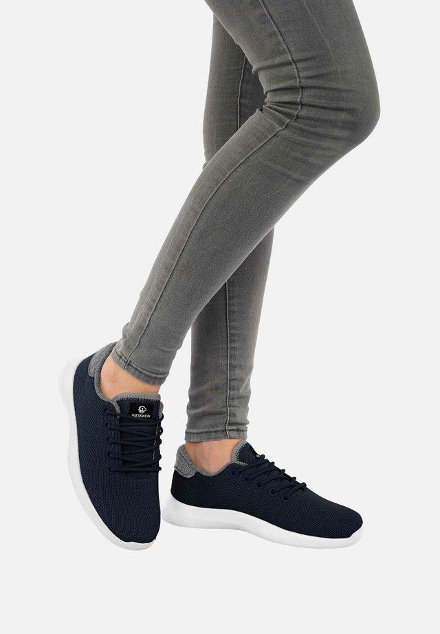 MERINO - Sneakers laag - ocean blue