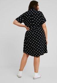 JUNAROSE - by VERO MODA - JRTRACY KNEE DRESS - Sukienka koszulowa - black/white - 2