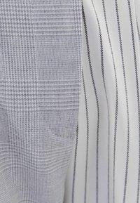 Bershka - Kalhoty - grey - 5