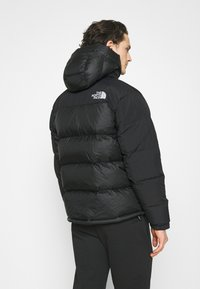 The North Face - M HIMALAYAN DOWN PARKA - Chaqueta de plumas - black - 2