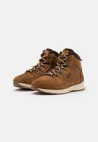 Barbour - MILLS - Šněrovací kotníkové boty - rust - 1