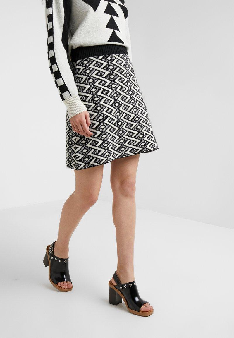 See by Chloé - A-line skirt - white/black