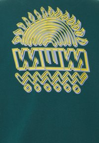 WAWWA - SUNSPOTS UNISEX - Sweatshirt - jungle green - 2