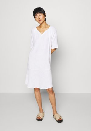 NEBIS - Day dress - white