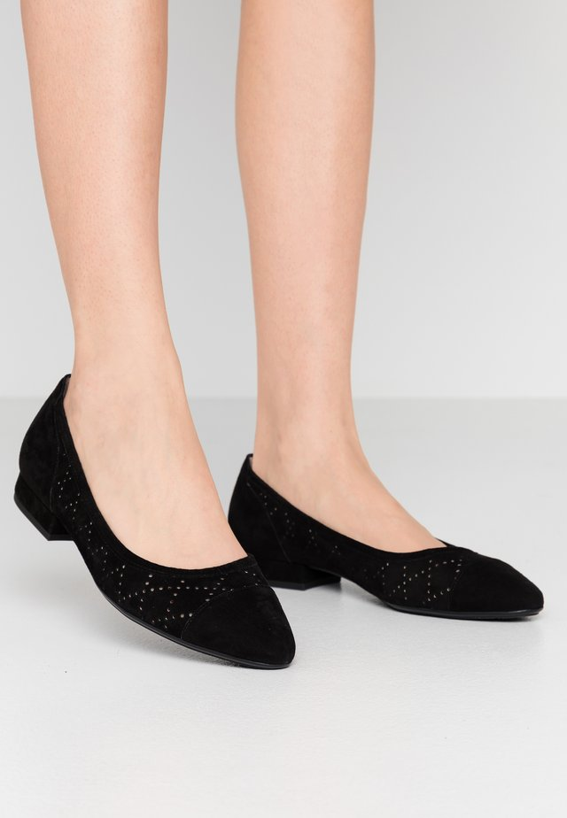WIDE FIT FELI - Ballet pumps - schwarz