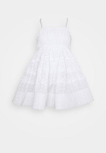 BETHAN MINI - Cocktail dress / Party dress - white