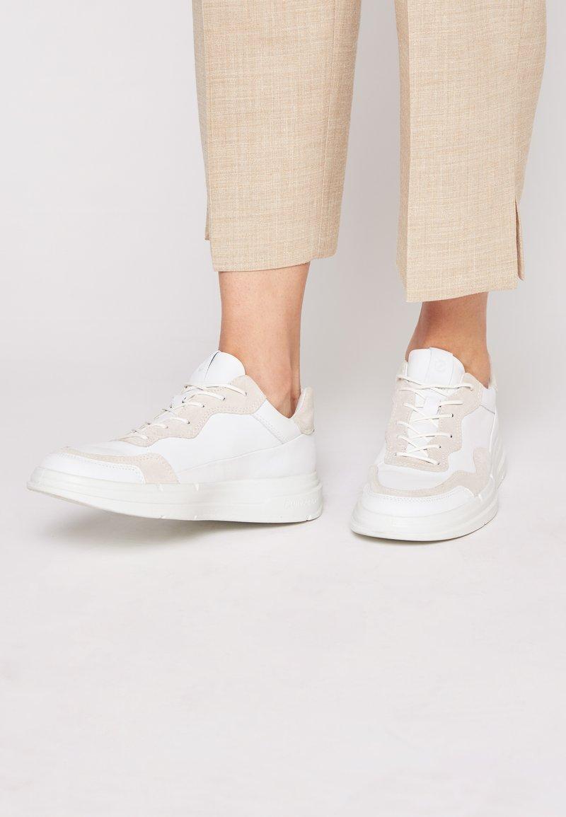 ECCO - SOFT X - Sneakers laag - white/shadow white