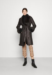 STUDIO ID - FLO COAT - Leather jacket - chocolate - 1