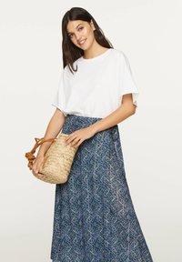 OYSHO - LILAC FLORAL SARONG SKIRT - A-line skirt - dark blue - 4