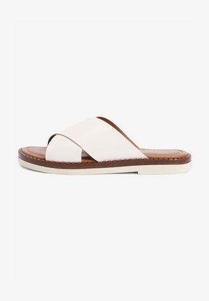 Pantofle - off white