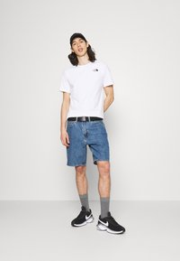 The North Face - SLICE TEE - T-shirt med print - white - 1