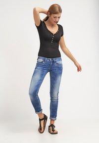 Herrlicher - PIPER SLIM - Slim fit jeans - bliss - 1