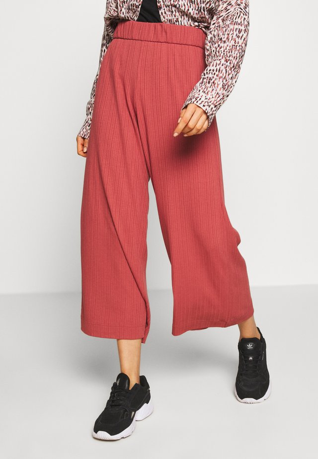 CILLA TROUSERS - Trousers - rust