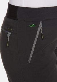 Jeff Green - MINA - Outdoor shorts - black - 6