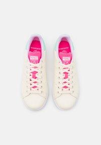 adidas Originals - STAN SMITH  - Zapatillas - cream white/clear mint - 5
