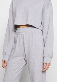 Missguided - ZIP FRONT CROPPED  SLIM LINE SET - Tracksuit - grey - 6