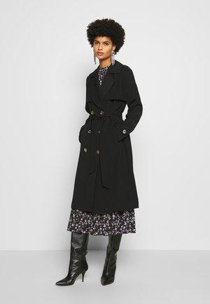 DRAPY - Trenchcoat - black
