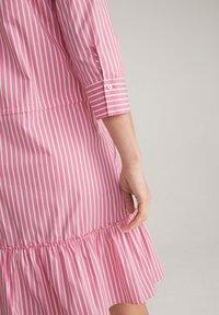 JOOP! - Shirt dress - pink/weiß - 4