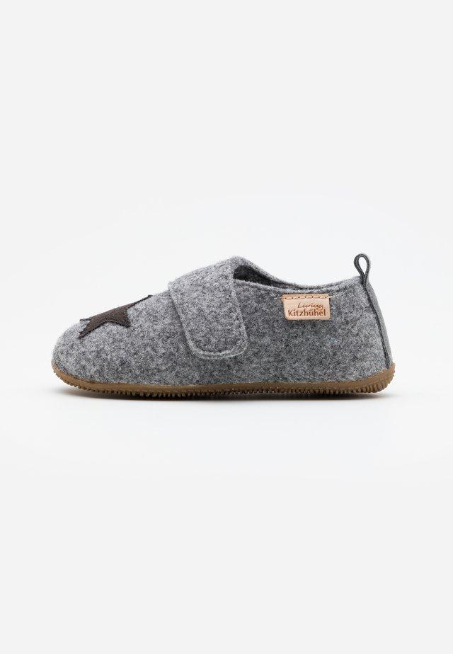 STERN - Pantofole - grau