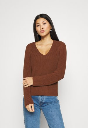 LONGSLEEVE V NECK - Jumper - chestnut brown