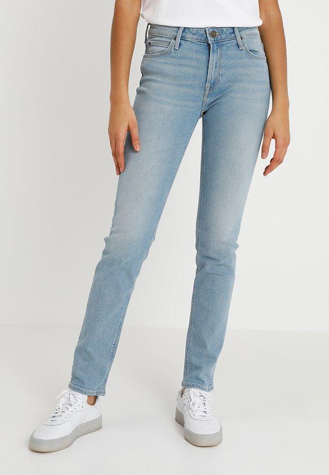ELLY - Jeans slim fit - light rugged