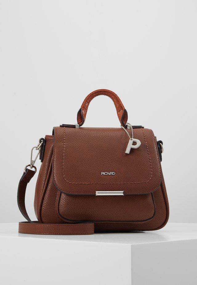 CLASSY - Handbag - whisky