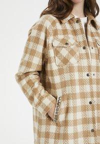Culture - CUSARIA SHIRT JACKET - Winter jacket - tannin - 4