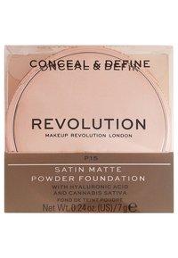 Make up Revolution - CONCEAL & DEFINE POWDER FOUNDATION - Foundation - p15 - 3