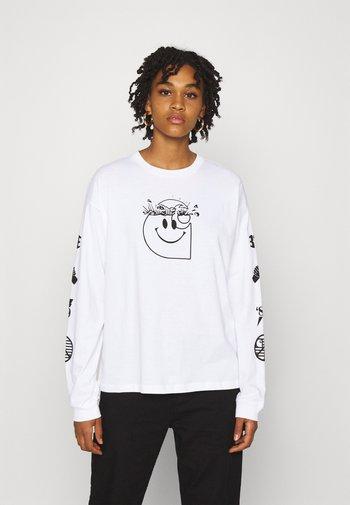 TAB - Long sleeved top - white/black