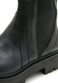 Inuovo - Platform ankle boots - black blk - 7