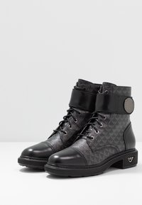Emporio Armani - Lace-up ankle boots - black - 4