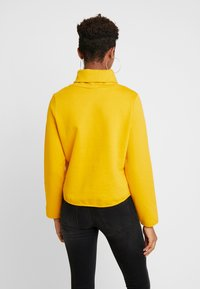 ONLY - ONLNEO COWLNECK - Mikina - golden yellow - 2