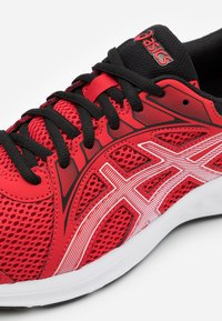ASICS - JOLT 2 - Neutral running shoes - classic red/white - 5