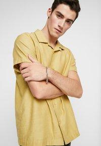 Burton Menswear London - CHAIN BRACELET - Pulsera - silver-coloured - 1