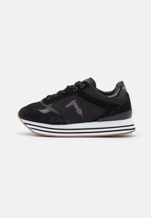 CELTIK MIX - Sneakersy niskie - gunmetal