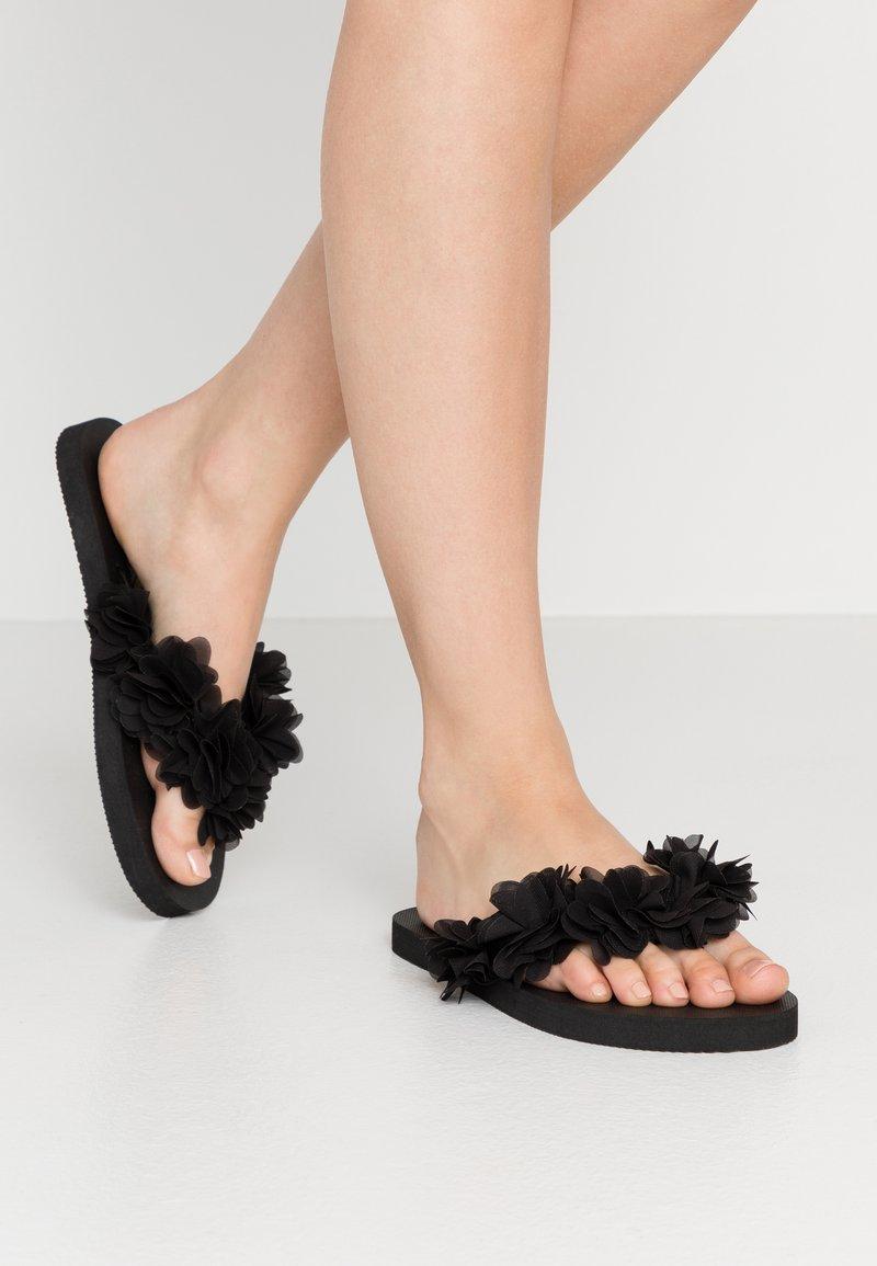 Colors of California - T-bar sandals - black