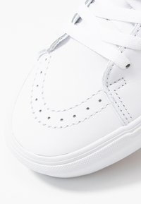 Vans - SK8 PLATFORM  - Sneaker high - true white - 2