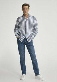Massimo Dutti - Shirt - blue-black denim - 0