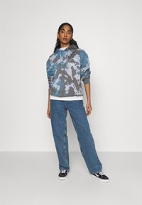 BDG Urban Outfitters - MODERN BOYFRIEND BAGGY JEAN - Jeans relaxed fit - dark vintage - 1
